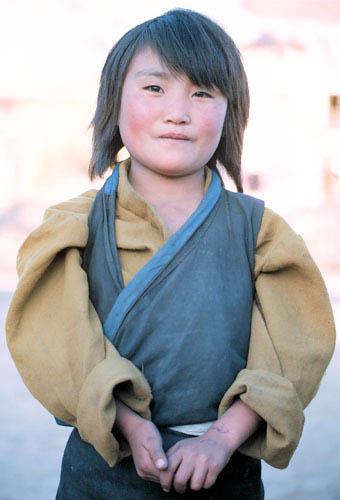 Nep_tibetan_girl